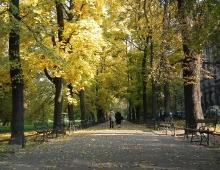 KRAKOW - Planty (a park around the Old Town) (by Agata Chrzescijanek)